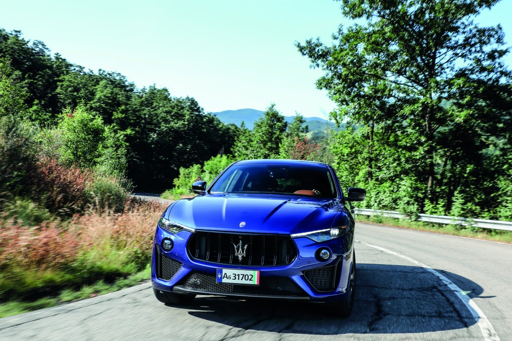 Medium-16088-MaseratiLevanteTrofeo